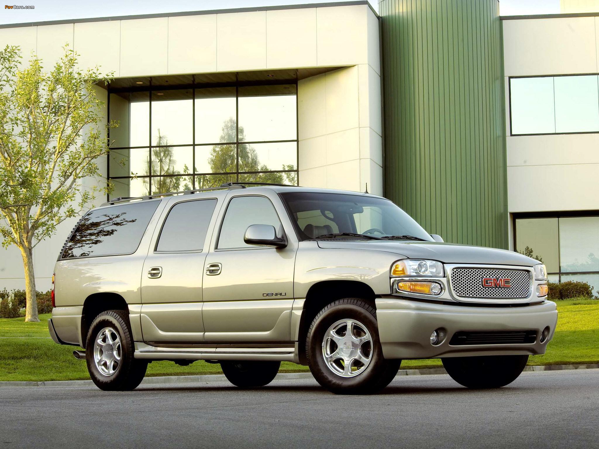 GMC Yukon XL Denali 2001–06 pictures (2048 x 1536)