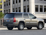 Images of GMC Yukon Hybrid 2008–14