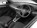 Holden Astra 3-door (AH) 2005–09 images