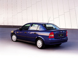 Pictures of Holden TS Astra Sedan 1999–2004