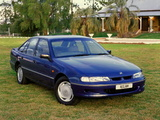 Images of Holden VR Commodore Acclaim 1993–95