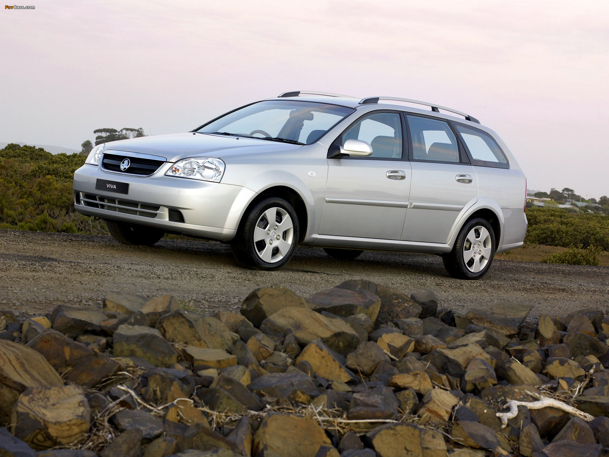 Holden JF Viva Wagon 2005 pictures (2048 x 1536)