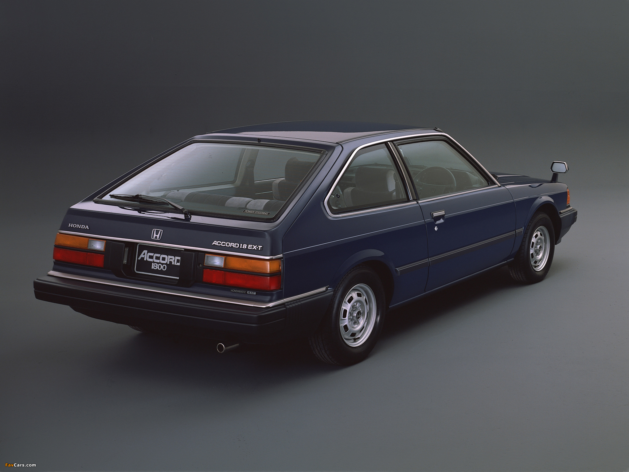 Honda Accord EX-T Hatchback 1982–85 photos