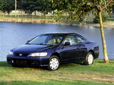 Honda Accord Coupe US-spec 1998–2002 pictures