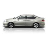 Honda Accord Hybrid JP-spec 2013 pictures