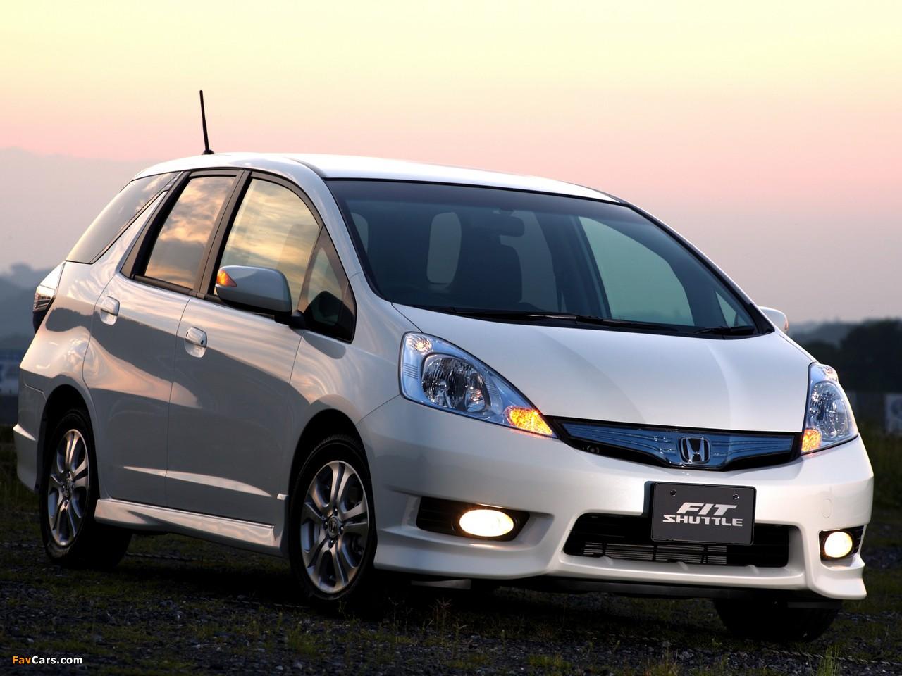 Honda Fit Shuttle Hybrid (GP2) 2011 wallpapers (1280x960)