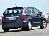 Photos of Honda FR-V 2004–09