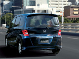 Photos of Honda Freed (GB3) 2008–11