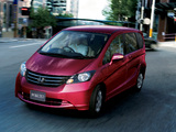 Pictures of Honda Freed (GB3) 2008–11