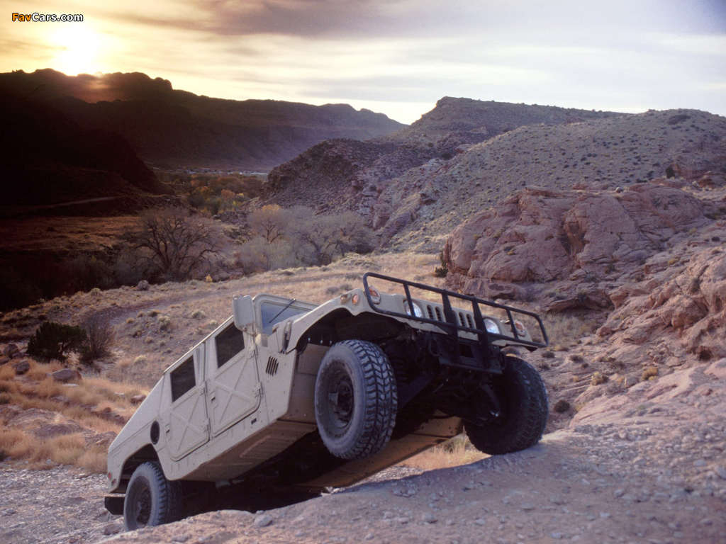 HMMWV 1984 wallpapers (1024 x 768)