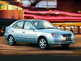 Images of Hyundai Accent 5-door 2003–06