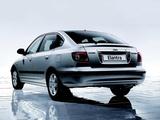 Photos of Hyundai Elantra Hatchback (XD) 2003–06