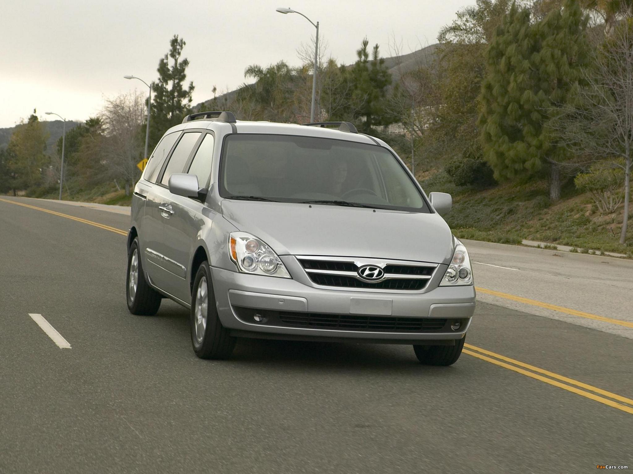 Hyundai Entourage 2006–09 photos (2048 x 1536)
