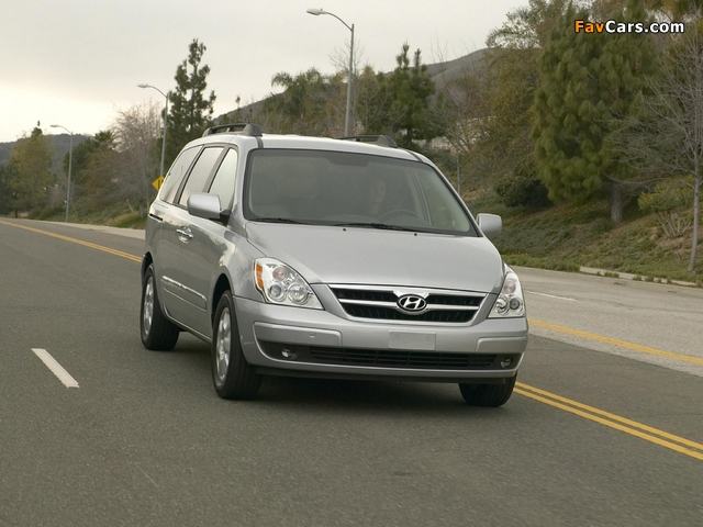 Hyundai Entourage 2006–09 photos (640 x 480)