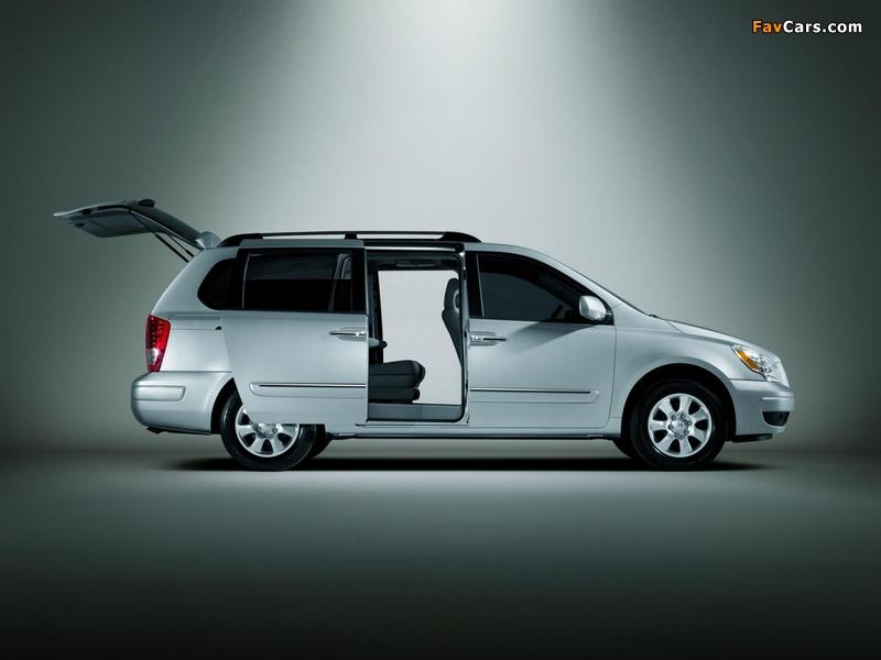 Hyundai Entourage 2006–09 wallpapers (800 x 600)