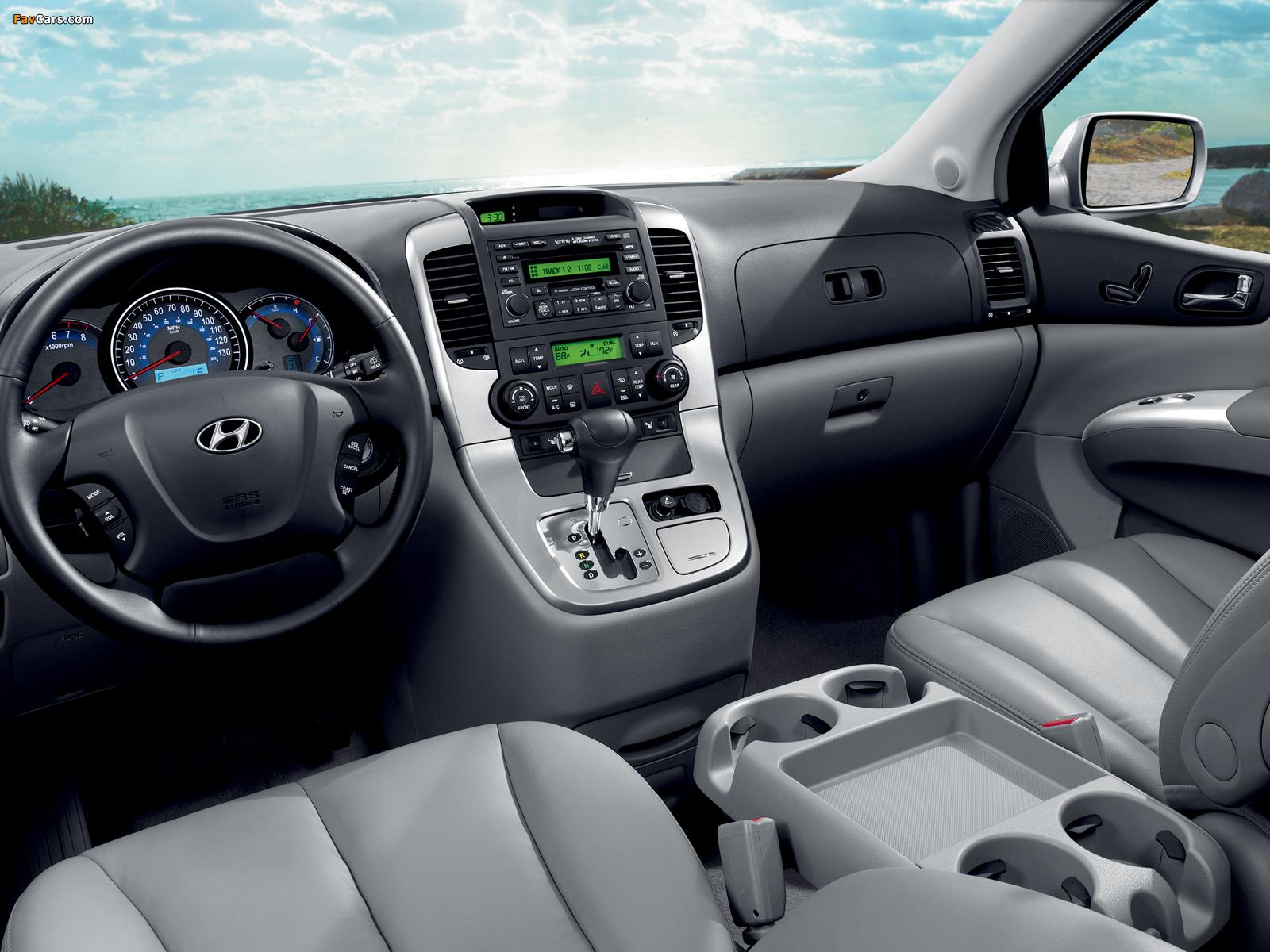 Images of Hyundai Entourage 2006–09 (1600 x 1200)