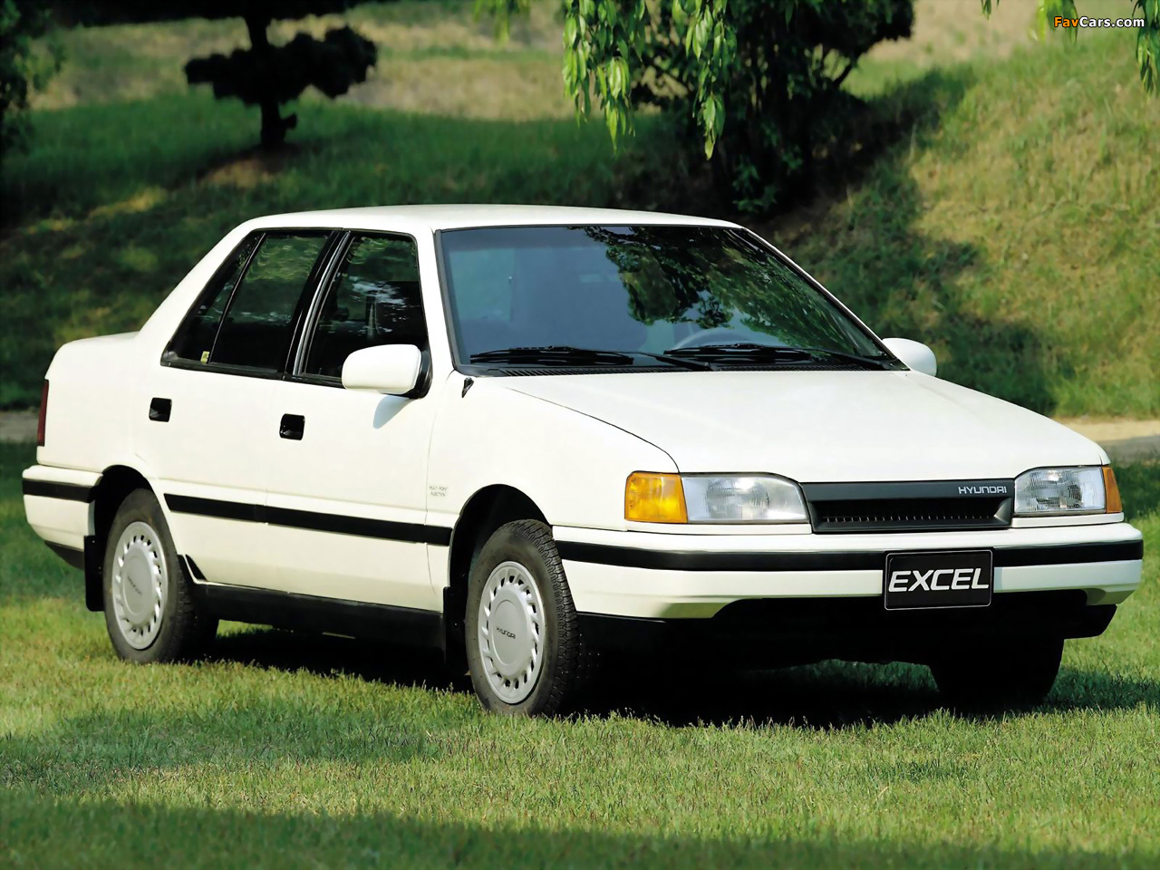 Images of Hyundai Excel Sedan (X2) 1989–92