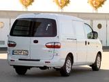 Hyundai H-1 Van 1997–2004 pictures
