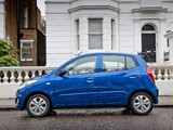 Hyundai i10 UK-spec 2010 photos