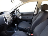 Hyundai i20 5-door Blue Drive UK-spec 2010 images
