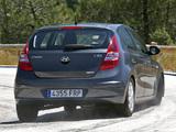 Hyundai i30 (FD) 2007–10 pictures