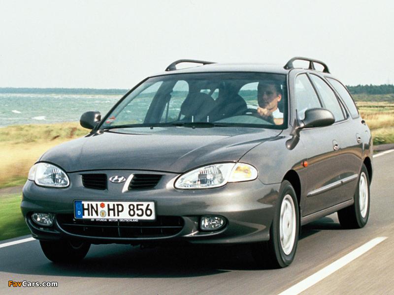 Hyundai Lantra Estate (J2) 1998–2000 images (800 x 600)