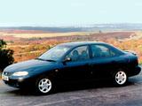 Images of Hyundai Lantra UK-spec (J2) 1995–98