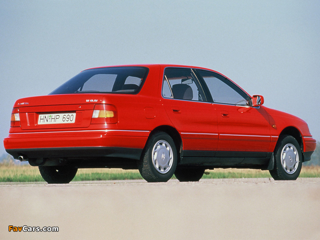 Pictures of Hyundai Lantra (J1) 1990–93 (640 x 480)
