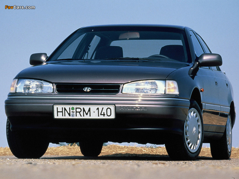 Pictures of Hyundai Lantra (J1) 1990–93 (800 x 600)
