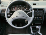 Photos of Hyundai Pony Sedan (X2) 1990–94