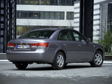 Hyundai Sonata (NF) 2004–07 images