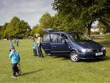 Images of Hyundai Trajet UK-spec 2004–08