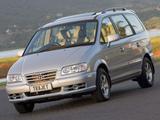Pictures of Hyundai Trajet ZA-spec 2004–08