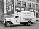 1934–37 International C-30 Refrigerator Truck pictures