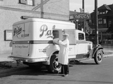 Pictures of 1934–37 International C-30 Refrigerator Truck