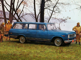 Pictures of International 1100D Custom Travelall 1969–70