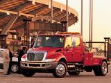 Images of International DuraStar 4200 Tow Truck 2002