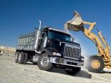 Photos of International PayStar 5900 SBA Dump Truck 2002