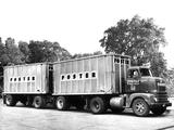 Photos of 1952–53 International R-190 Highbinder Tractor Truck