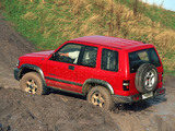 Isuzu Trooper SWB 1998–2002 photos