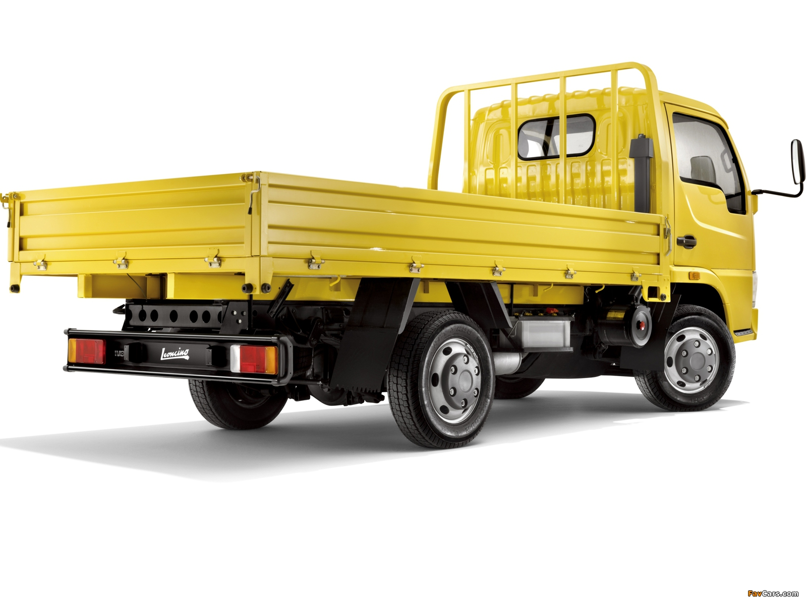 Pictures of Iveco Leoncino 2010 (1600 x 1200)