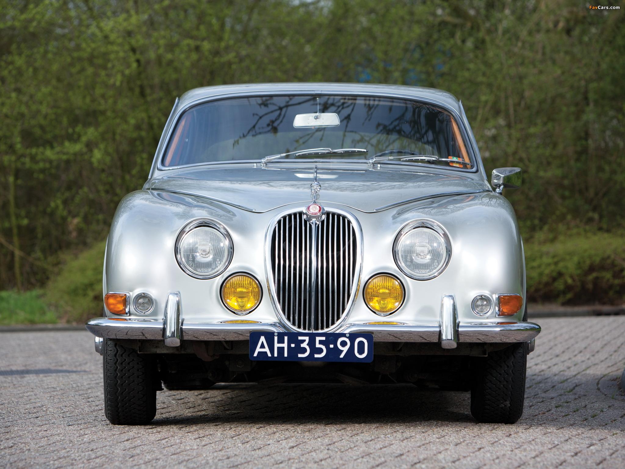 Photos of Jaguar S-Type 1963-68 (2048x1536)