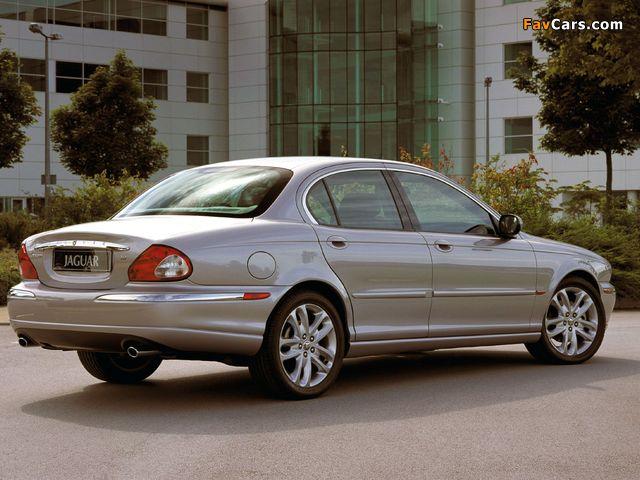 Photos of Jaguar X-Type US-spec 2002–07 (640 x 480)