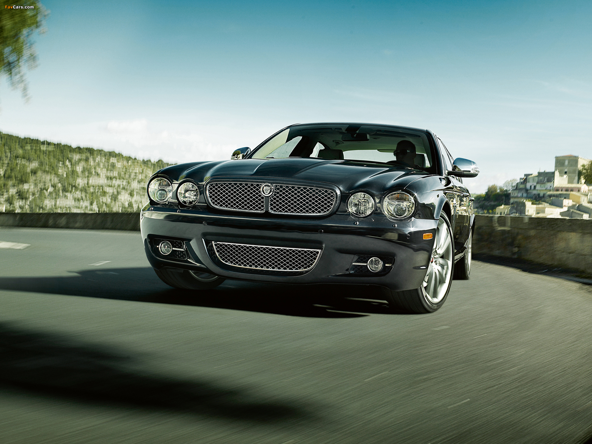 Jaguar XJ Portfolio (X358) 2008 pictures (2048x1536)
