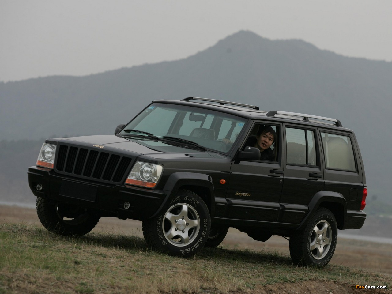 Jeep 2500 (BJ2021EB) 2003–05 pictures (1280 x 960)