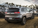 Images of Jeep Cherokee Trailhawk (KL) 2013