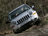 Jeep Cherokee Limited UK-spec (KJ) 2005–07 wallpapers