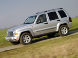 Pictures of Jeep Cherokee (KJ) 2005–07