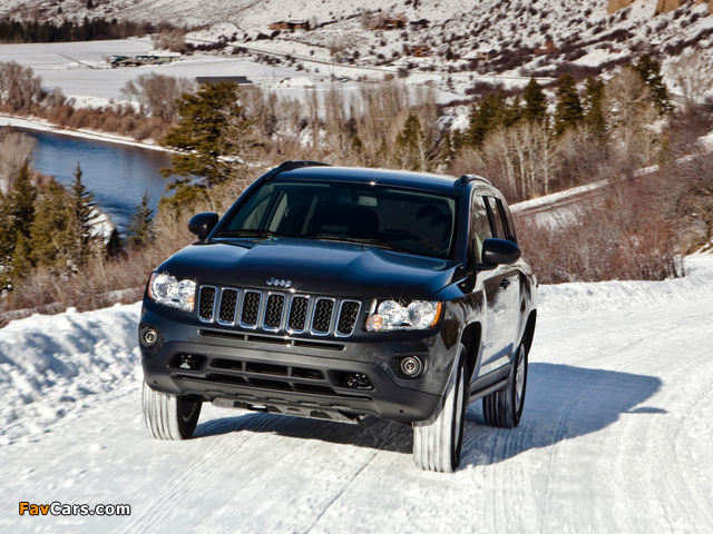Jeep Compass 2010 wallpapers (640 x 480)