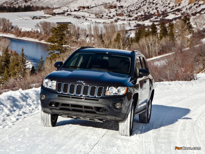 Jeep Compass 2010 wallpapers (800 x 600)